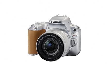 [№5820-0096] 一眼レフカメラ EOS Kiss X9 レンズキット(シルバー)