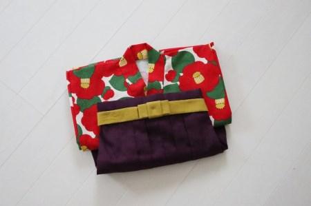 ファースト着物と袴のセット 女の子用(椿柄)