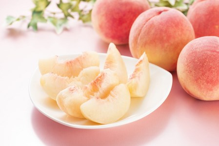 【2021年発送】 山梨県産  完熟桃 白桃系 約2kg(4~8玉)