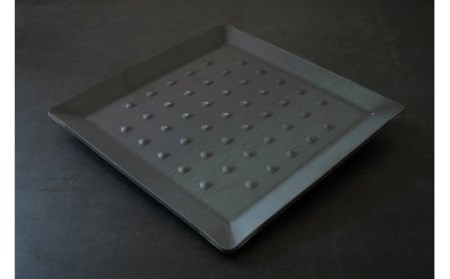タフで頑丈なキャンプ用鉄板「焼鉄 YAKIGANE」3枚重ね 厚さ9.6mm 重量3kg