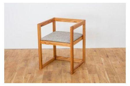 【2607-2105】※国産圧縮杉の肘付椅子