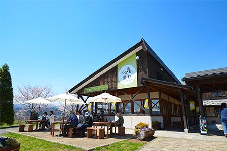 道の駅「花の駅・千曲川」