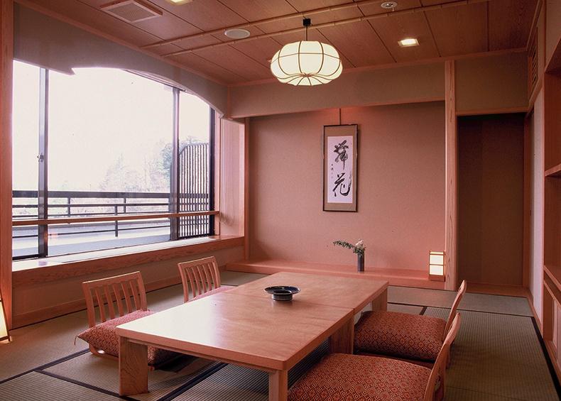 日本の宿ならではの風情が香る、当館のスタンダード客室です。