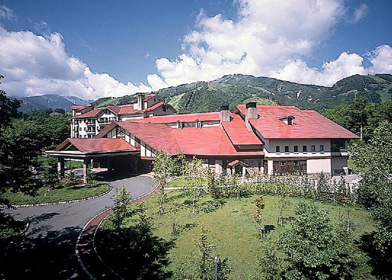 北アルプスの美しい自然に抱かれたヨーロピアンティストの正統派山岳リゾート。