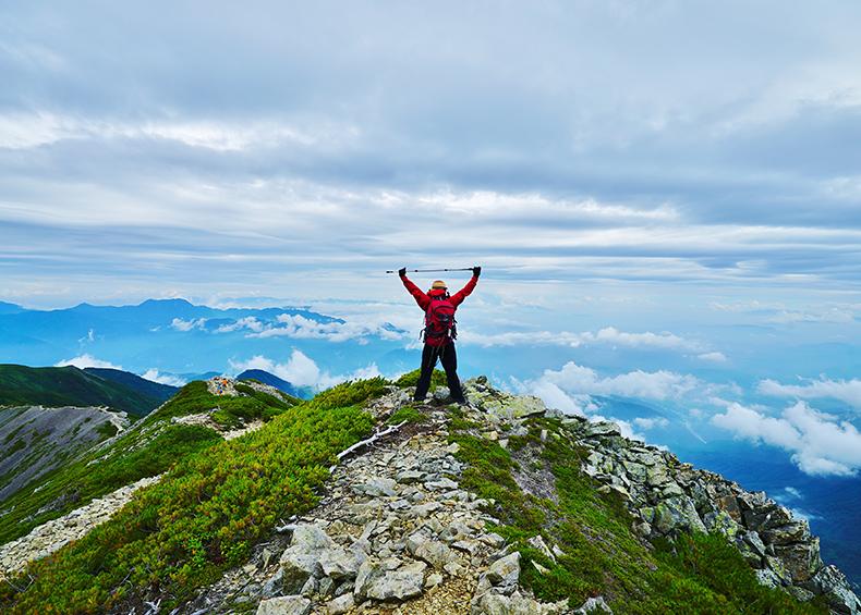 【トレッキング】 自然豊かな小谷では、四季それぞれの魅力を楽しみながらできるアウトドアの遊びやスポーツがあります。