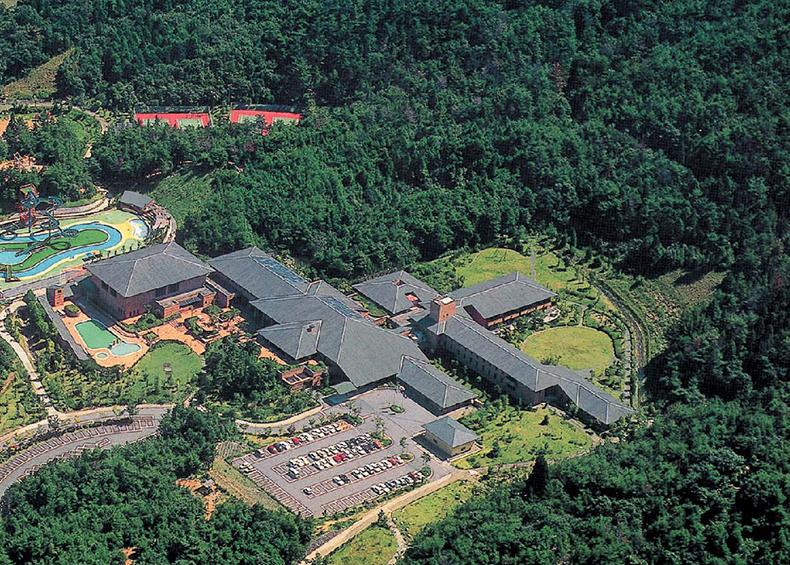 伊勢かぐらばリゾート千の杜は、伊勢神宮に程近い伊勢市にある総合宿泊施設。