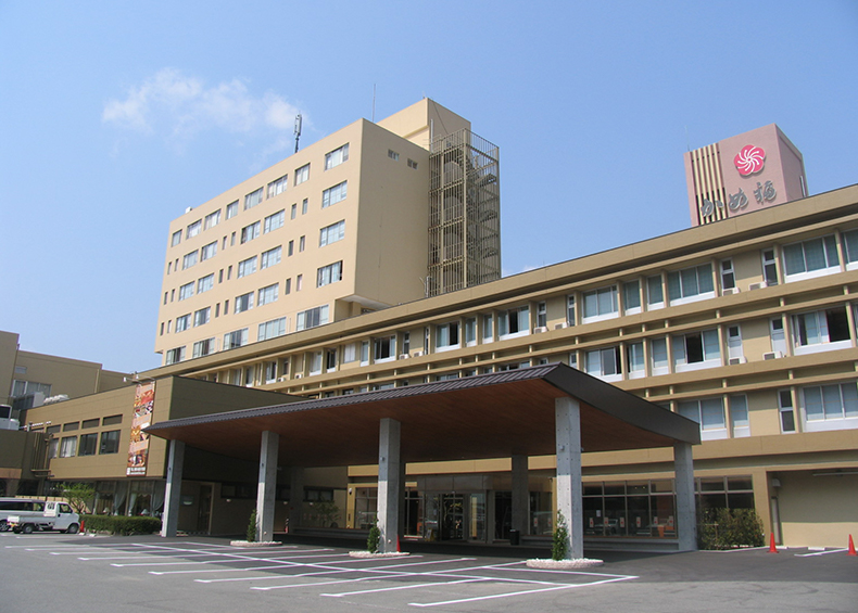 山口県湯田温泉 天然温泉露天風呂のあるホテル ホテルかめ福
