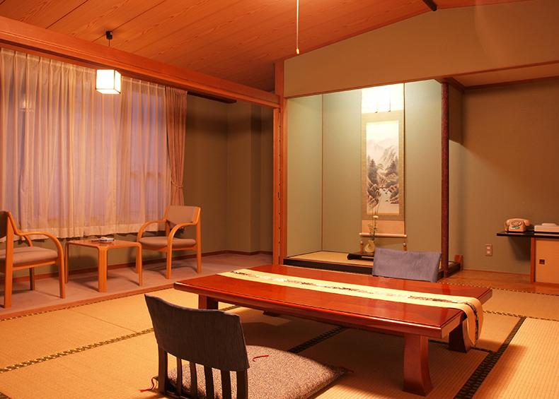 お部屋のタイプは純日本風の和室・ベッドを備えた和洋室・洋室をご用意しております。