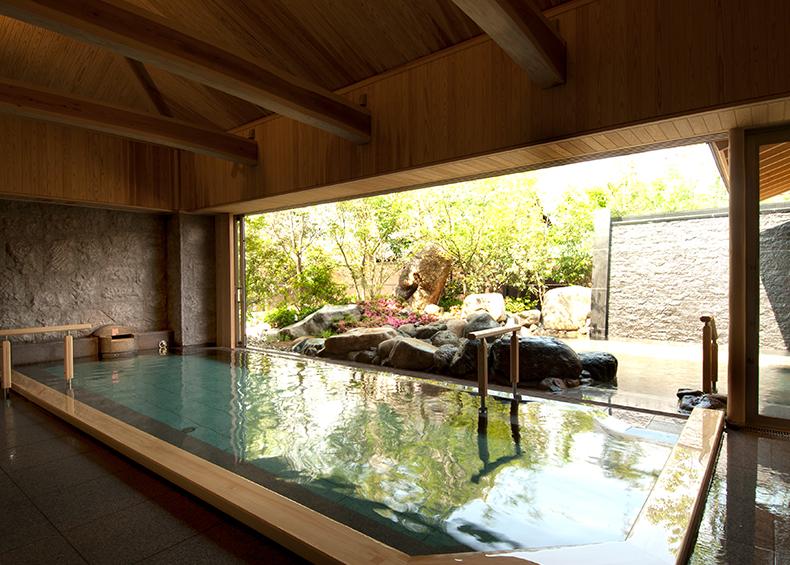 湯量・効能とも名高い湯田温泉。